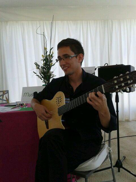 Guitarra para bodas y ceremonias