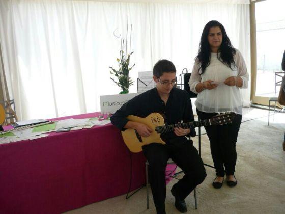 Dúo Guitarra y Canto o Flauta Travesera