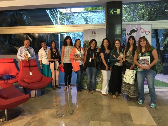 Todas las blogueras y profesionales del sector bodil que asistimos al desayuno